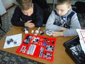 наборы для робототехники в школу