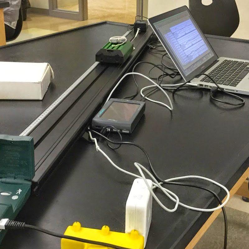 Лабораторія для школи