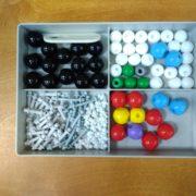 набір для складання об'ємних моделей молекул