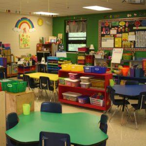 ігрова кімната для початкового навчання